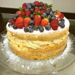 Naked Cake com recheio de cocada
